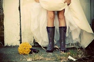 обувь для осенней невесты сапоги